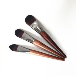 ЩЕТКА MUFE FOUNDATION LARGE 108 / MEDIUM 106 / SMALL 104 - Жидкая основа с кремовой кисточкой для макияжа - Косметические кисти для макияжа Blender cheap small makeup от Поставщики малый макияж