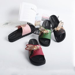 fa7699791be 2018 Summer New Embroider Bee Totem Lovers Slippers Fashion Lady Outside Beach  Flip Flops Waterproof Home Couple Casual Slippers 4 Color