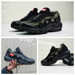 Wholesale sport wear shoes casual - 2018 new 95 HAL Patches The Devil Wears Black Olive Green Medal Military Casual luxury Designer Shoes 95s Men Sports Sneakers Size 40-45