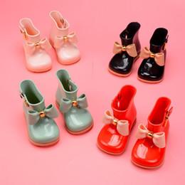 Mini Melissa çocuk kız rainshoes sevimli Yay kaymaz yumuşak alt çocuk ayakkabı prenses Yağmur çizmeleri DHL 12 stilleri C1204 nereden siyah diz yüksek topuklu ayakkabı tedarikçiler