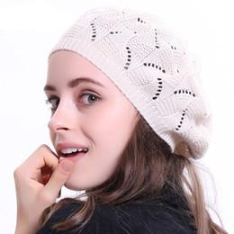 Color liso de la mujer Knit Beret Hat para mujer Artista francés Beanie  Beret sombreros Spring Casual fino de acrílico Boinas para mujeres c768cd3e713