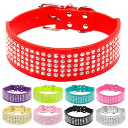Collari di cane extra larghi online-Collari per cani in pelle con strass Diamanti in cristallo con borchie per cani Collari per animali con colletto largo da 2 pollici per cani di taglia media Pitbull Boxer