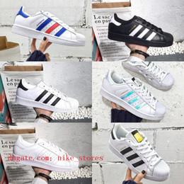 Sale New Superstars shoes Black White Gold Hologram Junior Originals  Superstars 80s Pride Sneakers Super Star Cheap Women Men Sport shoes 6f35ee17e386