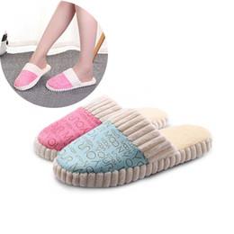 Canada Femmes Coton Slipper Marque Chaussures Intérieur Pantoufles Antidérapantes Femelle De Mode Impression Flops Chaussure Filles Accueil Chaussures Automne Hiver # 33 cheap winter slippers for girls Offre