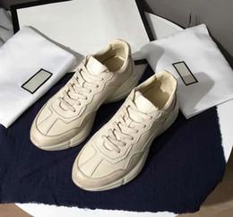 De calidad superior de lujo del diseñador de la marca para mujer zapatos  casuales Rhyton Vintage entrenador de zapatillas de cuero deportes Danza  papá ... 9629cfba8ec