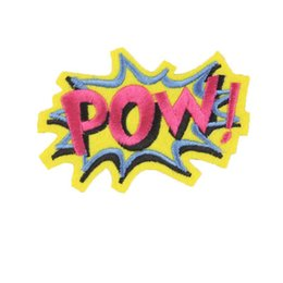 Patchs brodés bon marché en Ligne-Gros POW WOW COOL Patches Enfants Dessin Animé De Fer Sur De Jolis Patches Pour Vêtements Autocollants Pas Cher Brodé Patches Applique Vêtements Badges