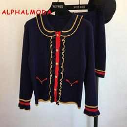 ALPHALMODA осень новый стиль женщины вязаный с длинными рукавами кардиган куртка + юбка трапеция Юбка OL элегантный трикотажные костюмы D18110503 от