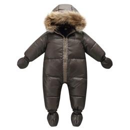 2019 ropa de invierno para bebés De alta calidad de la marca de moda de invierno chaqueta marrón 9M -36M abrigo infantil del 90% traje para la nieve muchacho del desgaste del pato abajo de la nieve bebé con capucha naturaleza de pieles rebajas ropa de invierno para bebés