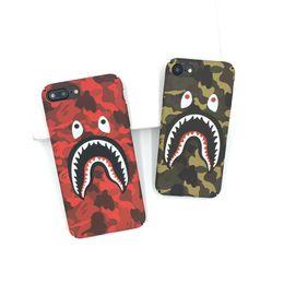 Coperture fredde del telefono per il iphone online-Cool Fashion Shark Case per iPhone 7 6s 6 Plus Shark Army Custodia Cover per Samsung S7, Edge, S8, S9 Plus