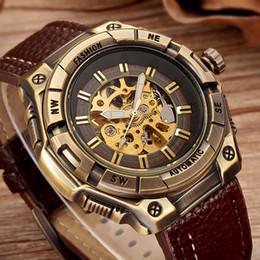 116bf189c0c SHENHUA Retro Bronze Esqueleto Mecânico Assista Homens Relógios Automáticos  Esporte De Luxo Top Marca de Couro Relógio Relogio masculino relógio  mecânico de ...