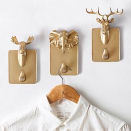 Wholesale Resin Animal Heads Wholesale - IVYSHION Vintage Retro 3D Resin Animal Head Wall Hooks Deer Horse Giraffe Head Wall Hanger Hook Crafts Robe Hat Hooks Free