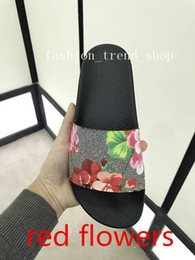 Wholesale red hot hotels - 2018 summer Fashion slide soft sandals couples' slippers for men women Hot Designer flowers printed beach f scuffs slipper BEST QUALITY
