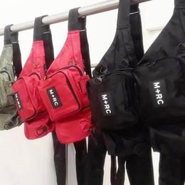 Marka Yeni M + RC NOIR RR Bel Çantası Çapraz Vücut Bel Çantası Paketi Göğüs Paketi Unisex Fanny Paketi Bel Çantası Erkekler Tuval Su Geçirmez ... cheap canvas messenger bags nereden tuval ileti çantaları tedarikçiler
