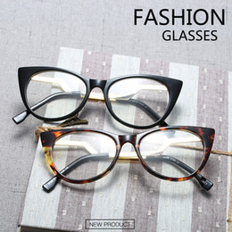fc9dc24fb3 PANDDOG Fashion Frame Cat Eye Glasses Women High Quality Eyeglasses frame  Vintage Clear Lens Glasse With Box And ClothYWFDY97332