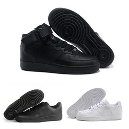 newest 52d1b 1e5ee 2019 chaussures homme cuir coupe haute NIKE Air Force 1 Leather AF1 2017  One 1 Hommes
