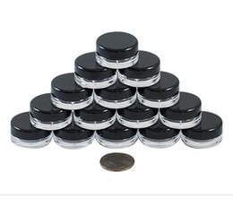 O frasco cosmético redondo claro de alta qualidade de 3G / 3ML range com as tampas pretas do tampão de parafuso e a garrafa pequena pequena de 3g de Fornecedores de pequenas tampas