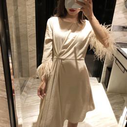 Robes de mode haute plumes en Ligne-Patchwork Plumes Robes Pour Femmes Demi Manches Taille Haute Asymétrique Ourlet Automne Mode Vêtements