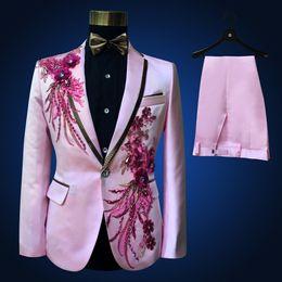 2019 tuxedos rosa bianco grooms Smoking Tuxedo Jacket + pants Beads Suit Mens Stage Wearmens Smoking Smoking Plus Size 4XL Rosa Royal Blue Bianco Nero Rosso Suit da sposo tuxedos rosa bianco grooms economici