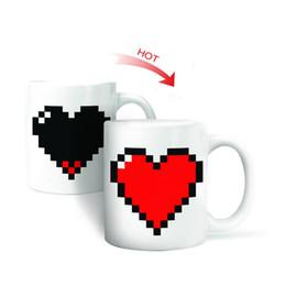 Wholesale Temperature Mug Color Changing Cup - Creative Heart Magic Temperature Changing Cup Color Changing Chameleon Mugs Heat Sensitive Cup Coffee Tea Milk Mug Novelty Gifts