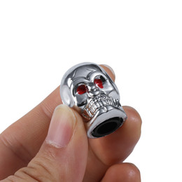 Wholesale Skull Dust Caps - Car Valve Caps 2018 Fashion Red Eyes Evil Skull Tyre Air Valve Stem Dust Caps For Car Truck Bike Top Car Styling