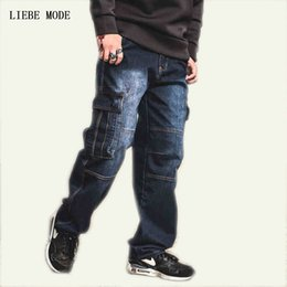 9b8a0c87418e1 Japon Style Marque Hommes Droite Denim Cargo Pantalon Biker Jeans Hommes  Baggy Lâche Bleu Jeans Avec Des Poches Latérales Plus La Taille 40 42 44 46  ...