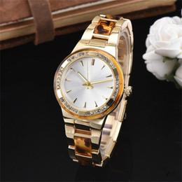 5cc61df9646 ... Relógios De Luxo Mulheres Moda linda menina das Mulheres de cristal  faixa de aço Inoxidável Relógio de pulso de Quartzo senhoras relógios  antigos barato