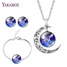 Wholesale Gold Necklaces Images - 2017 New Arrival Silver Color Jewelry Set Earrings& Bracelet& Necklace Trendy Moon Necklace Horse Image Fine Jewelry For Women