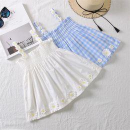Белые пляжные платья для детей онлайн-Новый летний ребенок дети ромашки подсолнухи платья девушки розовый синий белый плед слинг платье новорожденных девочек без рукавов пляж платья