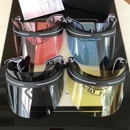 2019 gafas de sol de forma redonda al por mayor Diseñador de gafas de sol Mujeres Sombrero Para Unisex Colorido Cap Protección UV Al Aire Libre Marco PC Estilo de Verano de Calidad Superior Con Caja