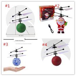 2019 puzzles das crianças RC Voando Bola Drone Helicóptero Bola Embutida Shinning LED de Iluminação para Crianças Adolescentes Coloridos de Santa Flyings excelente qualidade