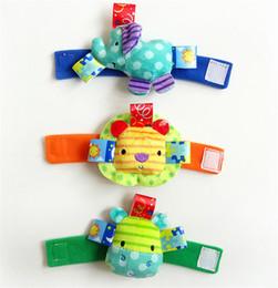 bandiera 12x18 Sconti Baby cute 3D Rattles Morbido peluche giocattolo cinturino da polso cinturino per letto campane per bambini campane per bambini / giocattoli infantili placenta SK15
