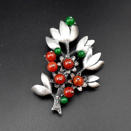 Wholesale Trendy Items - Wholesale- New Fashion Black Tone Handmade Beaded Tin Alloy Retro Style Jewelry Pins With Red Stone Trendy Pendant Brooch, Item NO.: BH8125