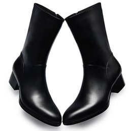 Botas de vaquero para hombre invierno online-Otoño invierno nuevo mens botas de cuero genuino tacones altos punta estrecha con cremallera en el interior felpa caliente hombres botas botas de vaquero militar