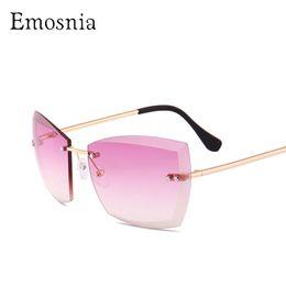 8476a03c88efb 2019 óculos de sol feminino Emosnia Oversized Moda De Luxo 2018 Rimless  Sunglasses In Transparent Quadrado