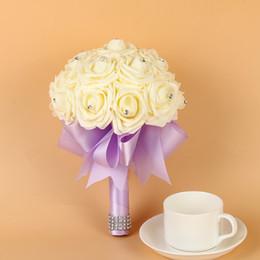 falsos bouquets de casamento baratos Desconto New Barato Dama De Honra Do Casamento de Espuma de flores Rosa Bouquet De Noiva Fita de Casamento Falso buquê de noiva Bouquet De Mariage CPA1564