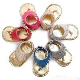 2018 Sommer Leder Quaste Baby Sandalen Jungen / Mädchen Kleinkind Freizeitschuhe Multicolor High Top Baby Schuhe Großhandel Neugeborenen Boden Schuhe von Fabrikanten