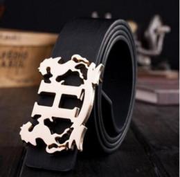 2018 venta caliente marca de lujo cinturón para hombres cinturones huecos ocasionales del diseñador correa de alta calidad de los hombres pantalones vaqueros de café marco de la boda desde fabricantes