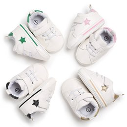 83d78a3833976 2018 Vente Chaude Bébé Sneaker Sport Chaussures Filles Garçons Nouveau-Né Chaussures  Baby Walker Infant Toddler Fond Mou Anti-slip First Walkers
