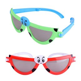 Wholesale novelty glasses eyes - Novelty Cartoon Ladybug Eyes Kids Sunglasses Designer Brand Plastic Glasses Outdoor Beach Sport Casual Eyeglasses Factory Direct 2lh ff