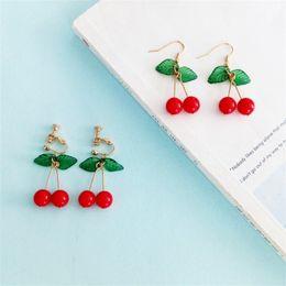 Серьги из натуральных фруктов онлайн-Японский и корейский сладкий мода девушка студент фрукты вишня серьги свежие и простые милые женщины серьги уха клипы