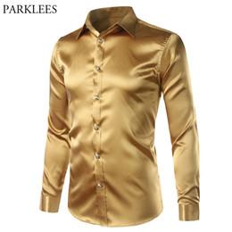 New Gold Soie Satin Shirt Hommes Slim Fit À Manches Longues Chemises D'homme Mens Emulation Chemise En Soie Mâle Night Club Party Prom Camisas 3XL ? partir de fabricateur