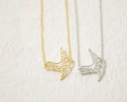 colgante de trago de oro Rebajas Forme a plata del oro las formas animales plateadas Swallow Necklace Pendant Necklace para las mujeres del regalo envío libre venta al por mayor