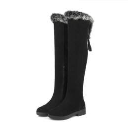 Tacones de piel de conejo online-Sexy rebaño sobre la rodilla Botas de mujer Tacones bajos Cuadrados Ladies Warm Rabbit Fur Invierno Botas largas borla ADF-8571