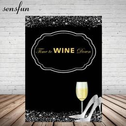 Toptan zaman Şarap aşağı siyah Doğum Günü Partisi Fotoğrafçılık Backdrop Şampanya Gümüş Glitter Yüksek Topuklar Arka 5x7FT Vinil nereden yeni doğan kızlar saçları tedarikçiler
