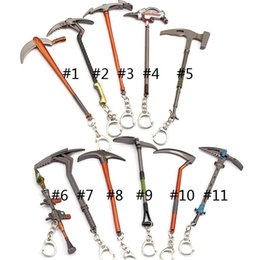 keyring weapons 2018 - Fortnite Key Chain Fortnite Hammer Axe Weapon Model The Fortress Night Pendant Pickaxe Hoe Toy keychains keyrings