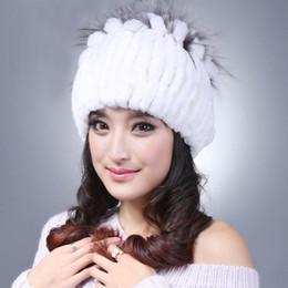 venda de chapéus de peles Desconto Venda quente Mulheres Beanie Inverno Listras Feitas À Mão Real Rex Coelho Chapéu De Pele Das Mulheres Chapéus De Pele Quente Feminino Macio Bonés de Inverno