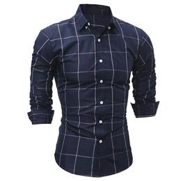 Ropa joven online-NUEVA 2018 Moda Primavera otoño otoño los hombres jóvenes Plaid clásico Casual Tuxedo boda negocios Camisas Slim mens ropa camisa de vestir