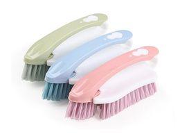 2019 spazzole per la pulizia delle scarpe Cucina multifunzione Cucina domestica 2 in 1 Spazzola per la pulizia - Scarpe da ginnastica Spazzola pulita Setole in plastica di qualità sconti spazzole per la pulizia delle scarpe