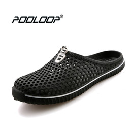 Wholesale Red Pool Water - POOLOOP Comfortable Men Pool Sandals Summer Outdoor Beach Shoes men Slip On Garden Clogs Casual Water Shower Slippers Unisex