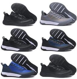 a78966b562fd 2018 новых мужчин Ультралегкая дышащая сетка Обувь Кроссовки, Личность  Кемпинг Туризм, дешевый Тренер Бегуны Спортивная обувь Беговая обувь